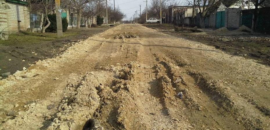 Депутат Днепровского районного совета Херсона проверил состояние дорог после ремонта
