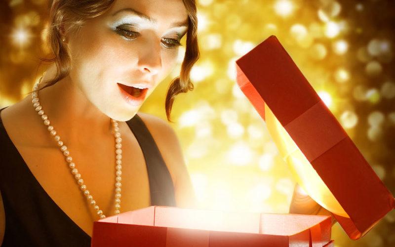 Как получить желанный подарок на 8 Марта?