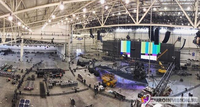 В МВЦ началась сборка сцены Евровидения 2017