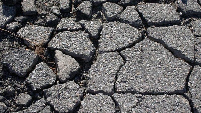 Ремонт дорог в Херсоне как способ наживы на горожанах (видео)