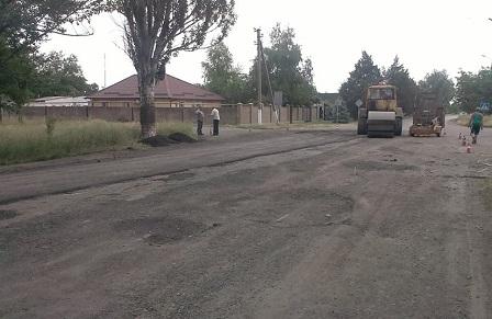 Якісне та вчасне завершення ремонту місцевої дороги потребує спільних зусиль громади