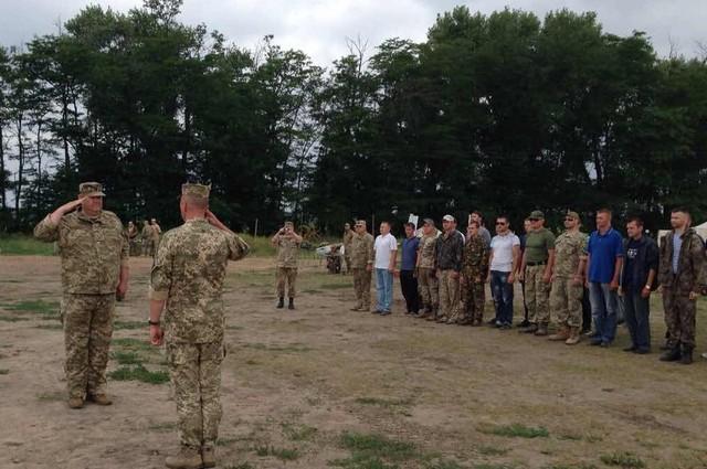 Військовозобов'язані Олешківського району пройшли навчання з територіальної оборони