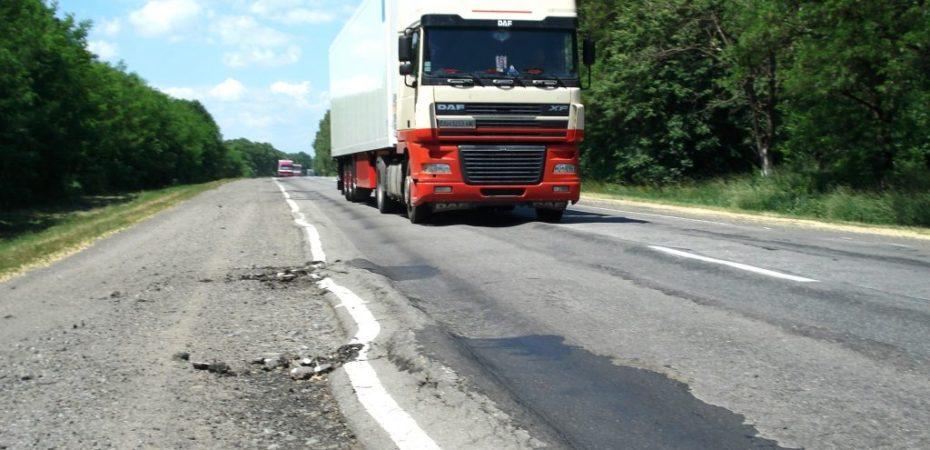 Андрій Гордєєв закликає громадськість долучитися до контролю вантажоперевізників задля збереження херсонських доріг