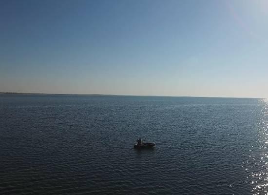 На узбережжі Азовського моря прикордонники за допомогою квадрокоптера виявили порушників