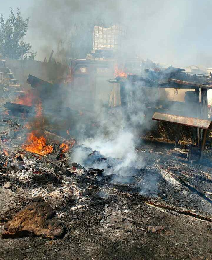 У Білозерському районі ліквідована пожежа на подвір'ї площею 300 кв.м