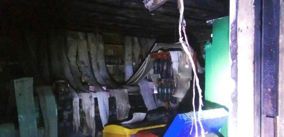 Бериславські вогнеборці ліквідували пожежу продуктової крамниці