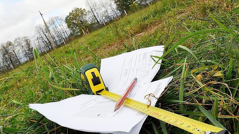 Уряд схвалив законопроект, який дозволяє ОТГ розпоряджатися своїми землями, - Геннадій Зубко