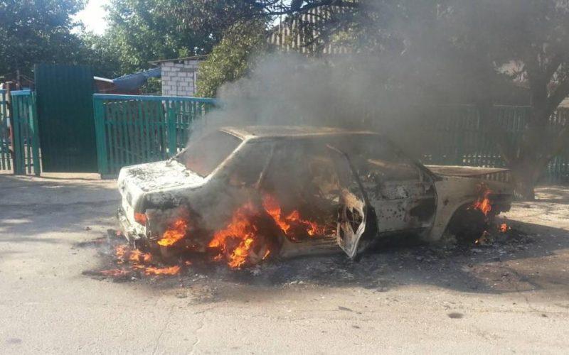 Голопристанські вогнеборці ліквідували пожежу автомобіля