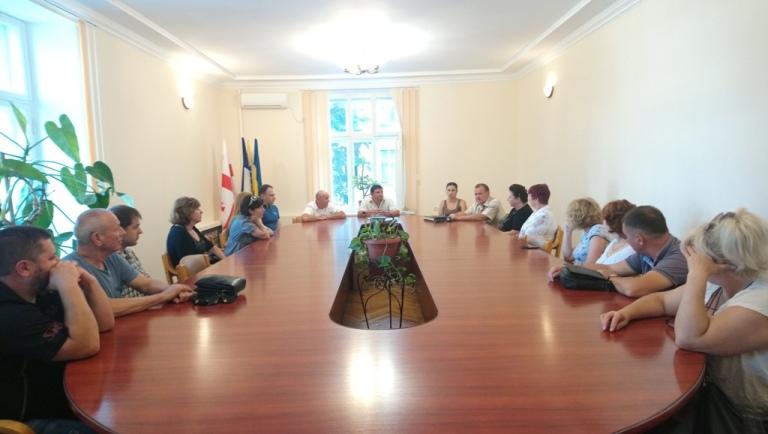Дніпровські депутати переймали досвід у містах «кам'яних вишиванок»