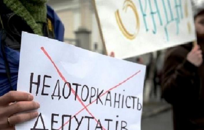 Процесс пошел: херсонцы едут в Киев не только на факельное шествие