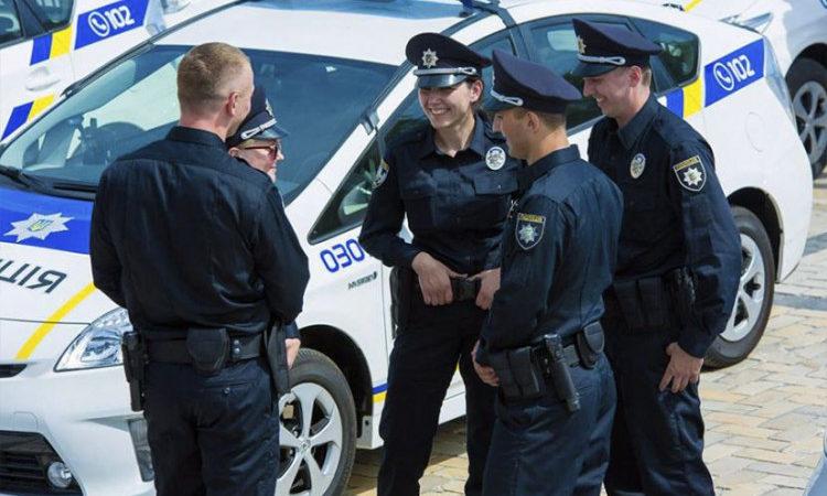 Каховські оперативники затримали викрадача дорожніх знаків