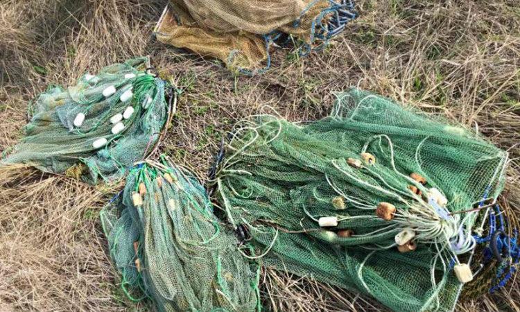 На Херсонщині поліція затримала браконьєрів з креветками та рибою на 19 тисяч гривень