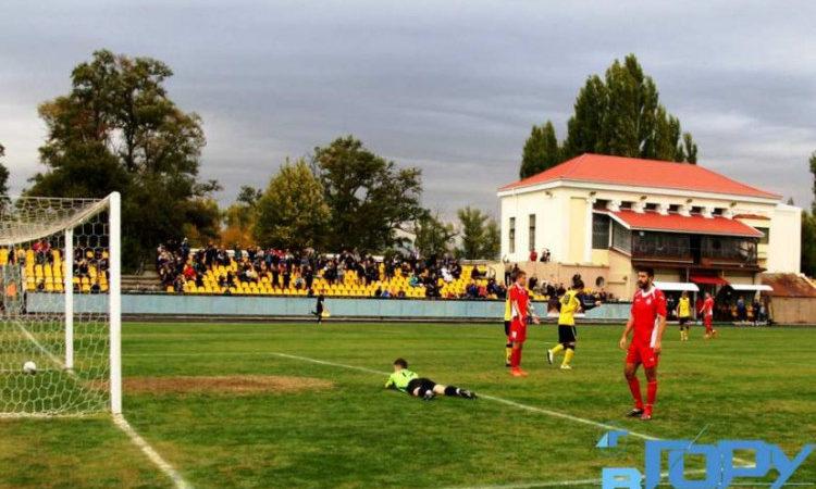 «Енергія» зіграла у чемпіонаті на тверду четвірку