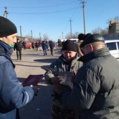 В Горностаевском районе спасатели напомнили жителям о правилах пожарной безопасности