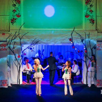 Драмтеатр им. Кулиша приглашает гостей: спектакль — «Музыка, рожденная страной»