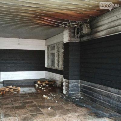 «Народных мстителей», пытавшихся сжечь бар на Херсонщине, задержали при попытке бегства
