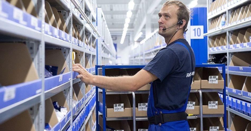 Незаменимый работник склада